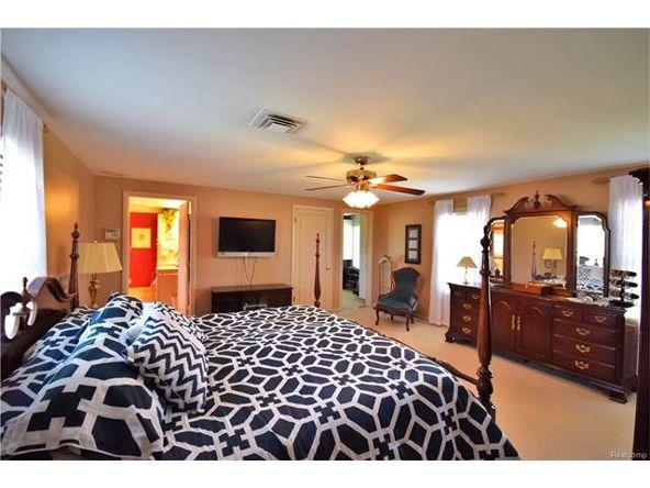 800 Sunningdale Dr., Grosse Pointe Woods, MI 48236 Photo 21