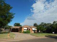 Home for sale: 1301 West Avenue, Wellington, TX 79095