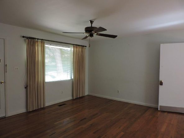 193 Poplar, Alexander City, AL 35010 Photo 12
