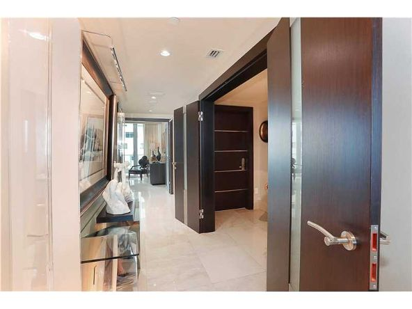 1331 Brickell Bay Dr. # 2305, Miami, FL 33131 Photo 8