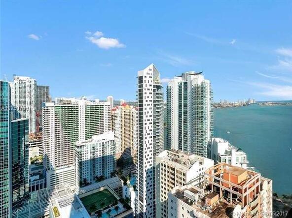 Miami, FL 33131 Photo 6