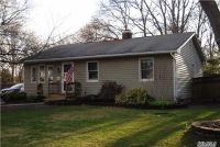 Home for sale: 32 Wedgewood Ln., Brookhaven, NY 11719