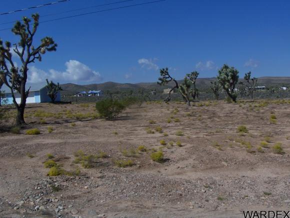 26181 N. Hummingbird Ln., Meadview, AZ 86444 Photo 8