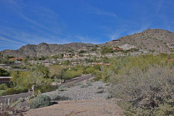 7501 N. Lakeside Ln., Paradise Valley, AZ 85253 Photo 4