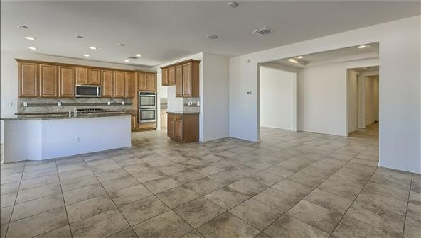8011 S. 23rd Drive, Phoenix, AZ 85041 Photo 5