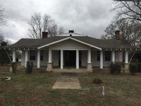 Home for sale: 1002 Main St., Huntland, TN 37345