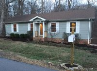 Home for sale: 1021 Hilltop Rd., White House, TN 37188