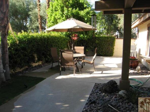 308 Gran Via, Palm Desert, CA 92260 Photo 12