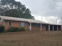 Home for sale: 2302 E. Hollister Rd., Marianna, FL 32446