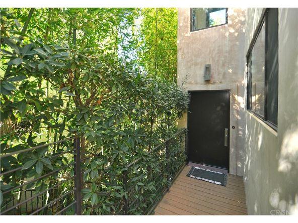 2663 Desmond Estates Rd., Los Angeles, CA 90046 Photo 4