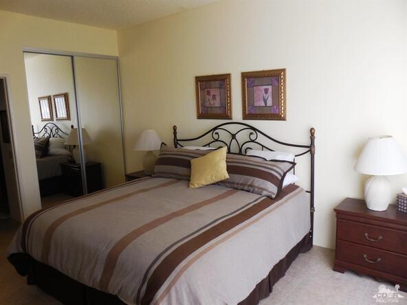 54069 Oakhill, La Quinta, CA 92253 Photo 9