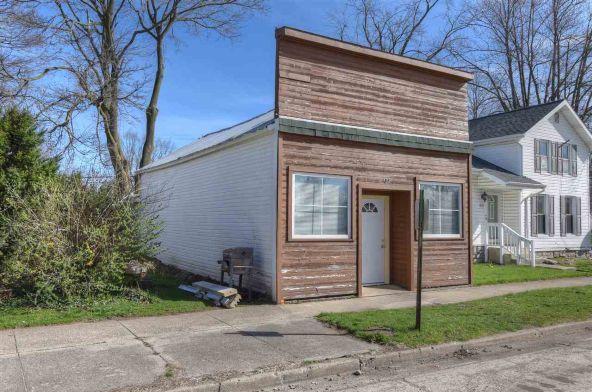 105 W. Washington St., Millersburg, IN 46543 Photo 4