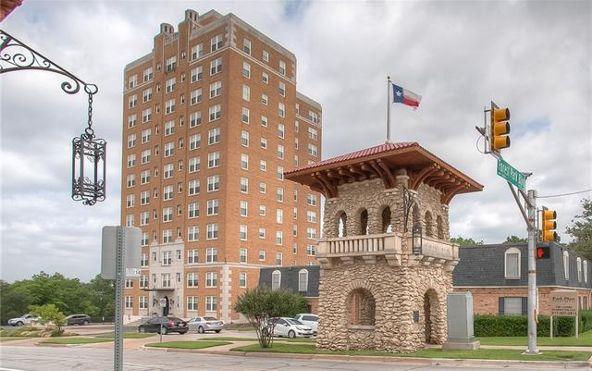 2306 Park Pl. Avenue, Fort Worth, TX 76110 Photo 32