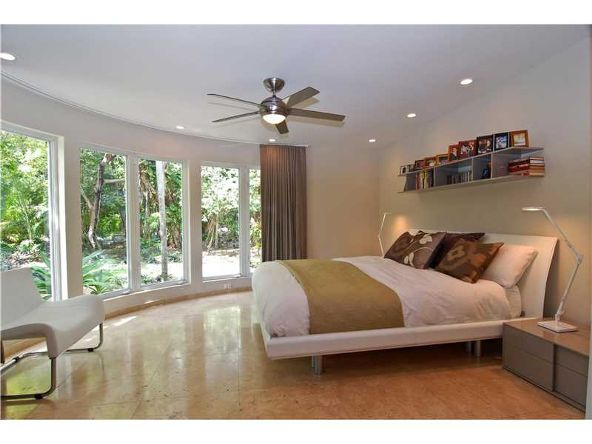 106 W. 4th Ct., Miami Beach, FL 33139 Photo 1