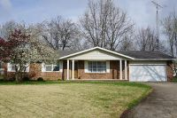 Home for sale: 380 Northwood Ln., Salem, IL 62881