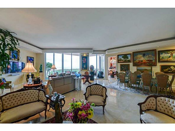 60 Edgewater Dr. # Ph15c, Coral Gables, FL 33133 Photo 3