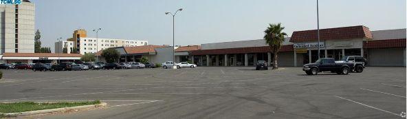 3017 Wilson Rd., Bakersfield, CA 93304 Photo 9