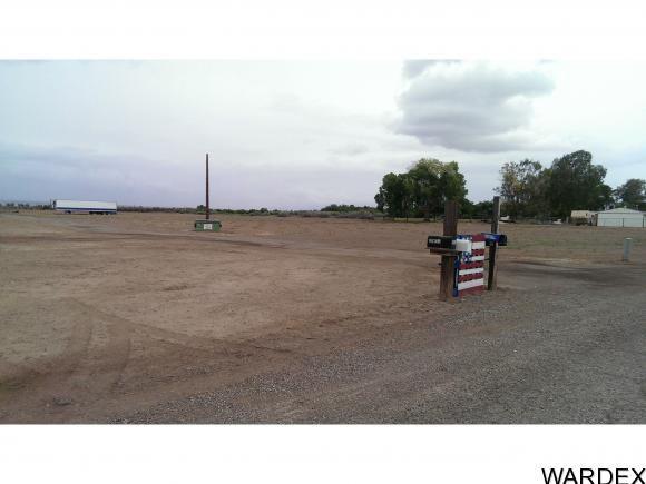 9512 S. Evans Ln., Mohave Valley, AZ 86440 Photo 3