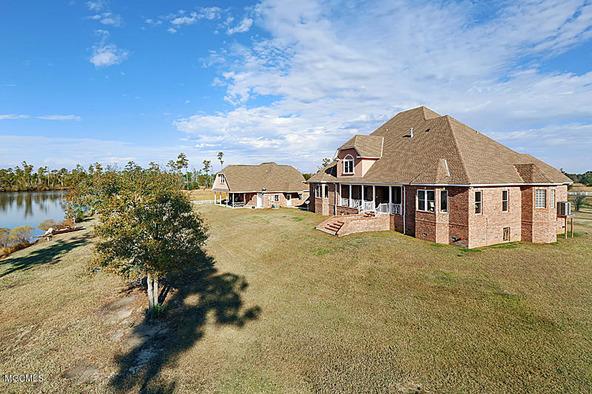 13129 Jordan Bluff Rd., Kiln, MS 39556 Photo 2