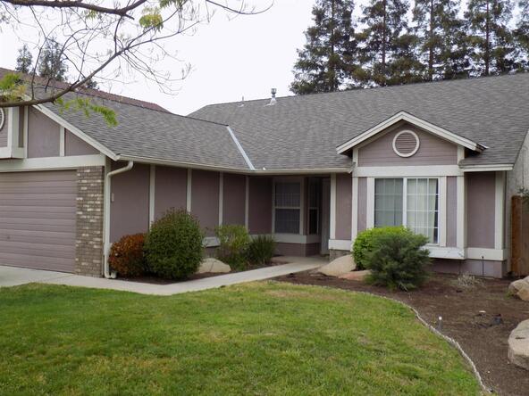 5630 W. Richert Avenue, Fresno, CA 93722 Photo 2