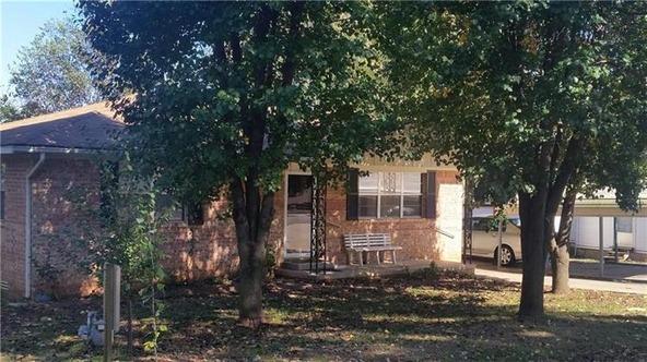 304 E. Drake Ave., Huntsville, AR 72740 Photo 2