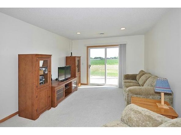 21680 Evergreen Trail, Rogers, MN 55374 Photo 2