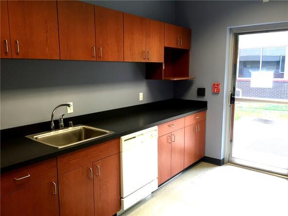 5506 W. Walsh Ln. Unit #Multiple Suites, Rogers, AR 72758 Photo 8