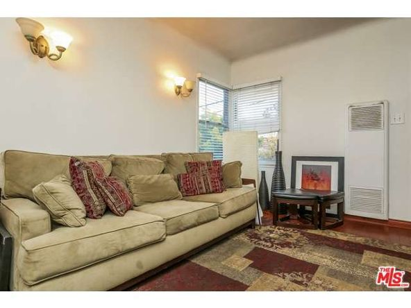 3257 Castle Heights Ave., Los Angeles, CA 90034 Photo 20