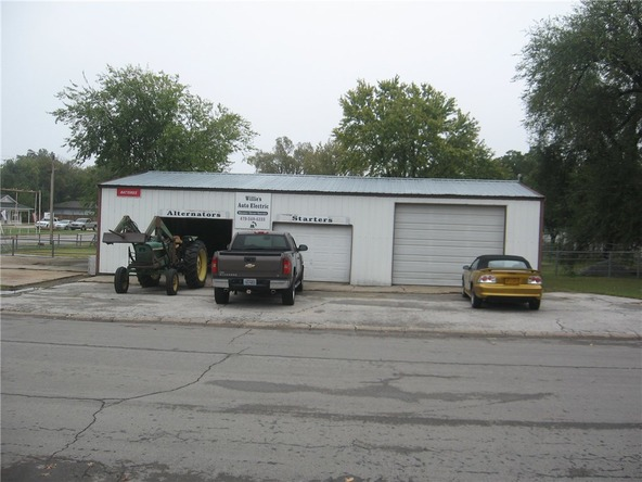 512 W. Tulsa St., Siloam Springs, AR 72761 Photo 5