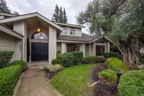 564 E. Mariners Cir., Fresno, CA 93730 Photo 3
