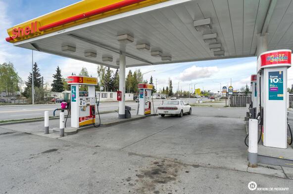 3635 Mountain View Dr., Anchorage, AK 99508 Photo 9