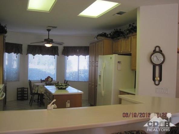 37671 Pineknoll Avenue, Palm Desert, CA 92211 Photo 26