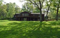Home for sale: 805 Greenwood Avenue, Carpentersville, IL 60110