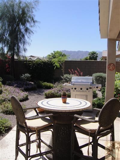 60194 Honeysuckle St., La Quinta, CA 92253 Photo 2