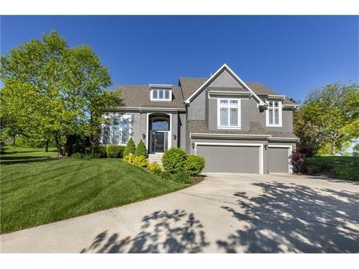 10130 S. North Lake Avenue, Olathe, KS 66061 Photo 2