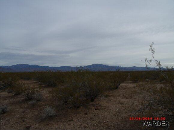 4899 W. Vaquero Dr., Golden Valley, AZ 86413 Photo 2