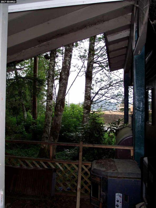 17420 Andreanoff Dr., Juneau, AK 99801 Photo 18
