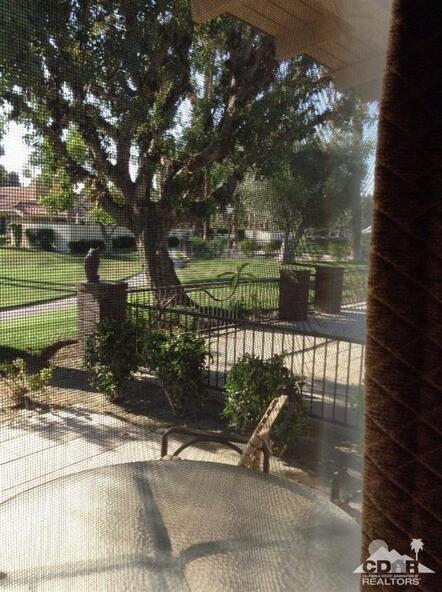 266 Santa Barbara Cir. East, Palm Desert, CA 92260 Photo 2