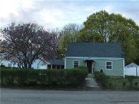 Home for sale: 2 Washington Ct., Hamden, CT 06518