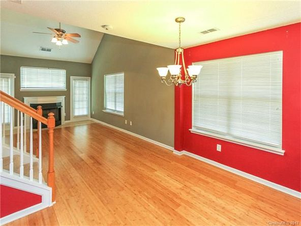16823 Timber Crossing Rd., Charlotte, NC 28213 Photo 10