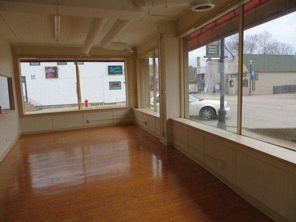 1e Main St., East Dundee, IL 60118 Photo 1