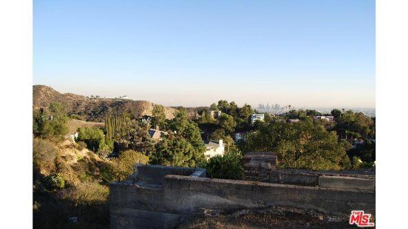 3210 Deronda Dr., Los Angeles, CA 90068 Photo 17