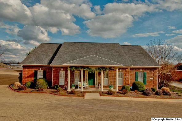 2701 Persimmon Pl., Owens Cross Roads, AL 35763 Photo 5