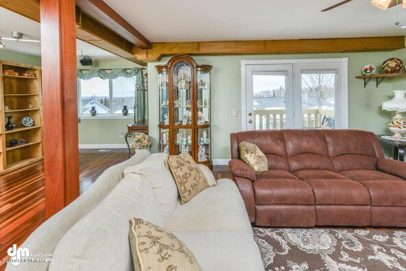 10300 Ridge Park Dr., Anchorage, AK 99507 Photo 8