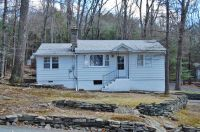 Home for sale: 100 Oak Tree Dr., Greentown, PA 18426