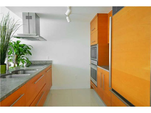 485 Brickell Ave., Miami, FL 33131 Photo 9