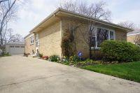 Home for sale: 8214 Ridgeway Avenue, Skokie, IL 60076