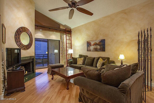 10301 N. 70th St., Paradise Valley, AZ 85253 Photo 3
