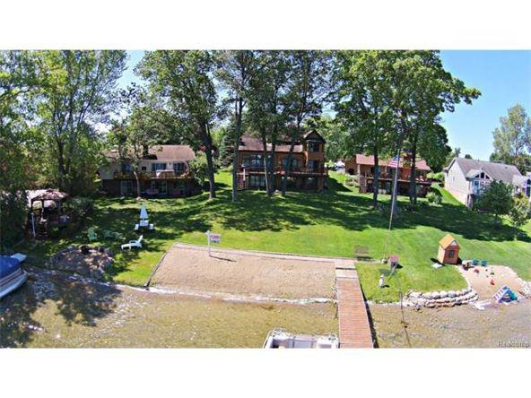 7290 Williams Lake Rd., Waterford, MI 48329 Photo 7