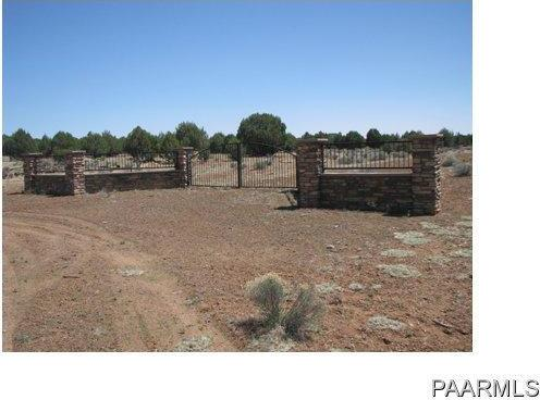 292 Sabrina, Ash Fork, AZ 86320 Photo 3